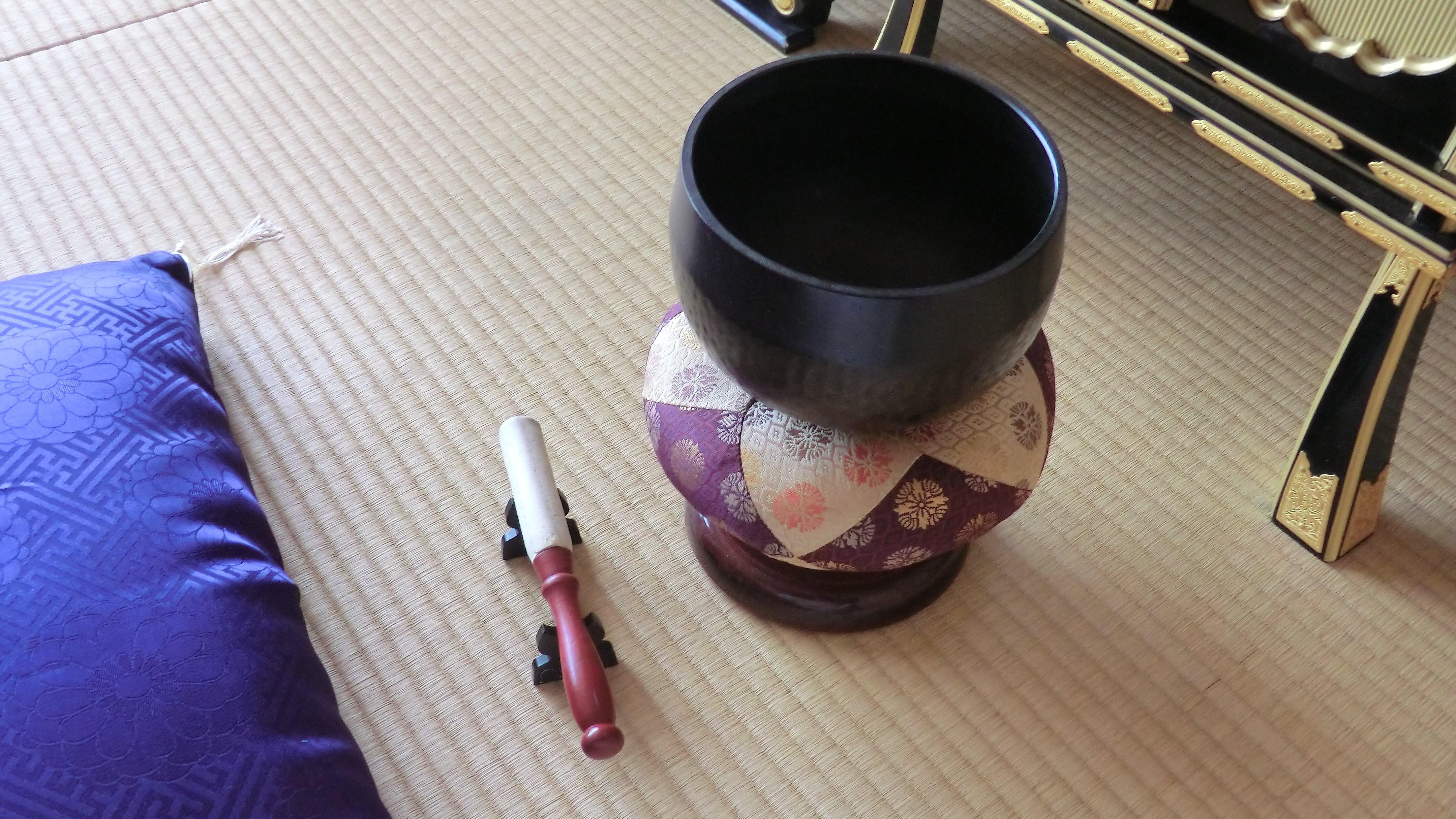 仏壇 りん 鳴らし 方