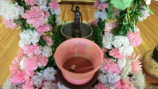 花御堂お釈迦様の誕生