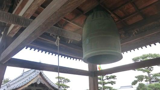 お寺の梵鐘、鐘撞のお知らせ