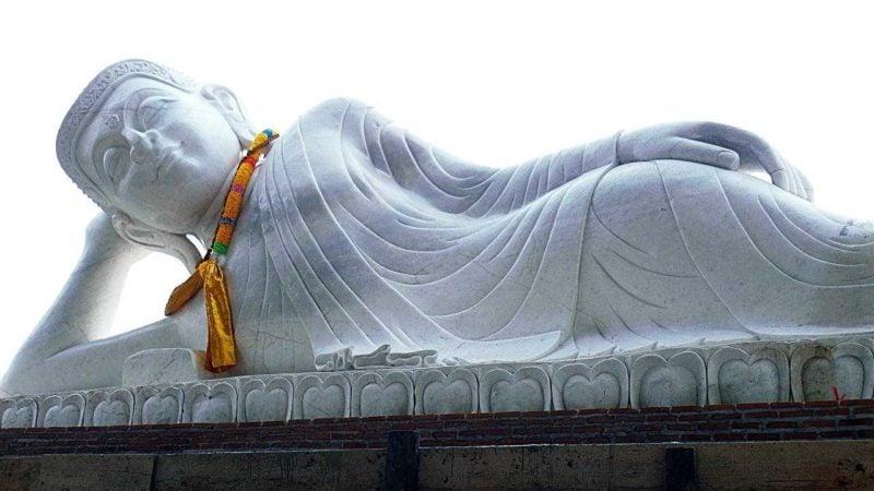 お釈迦様の涅槃像
